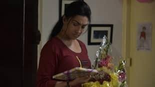 Rituparna Sengupta Saswata Chatterjee starrer Indrasis Acharya's Parcel movie review