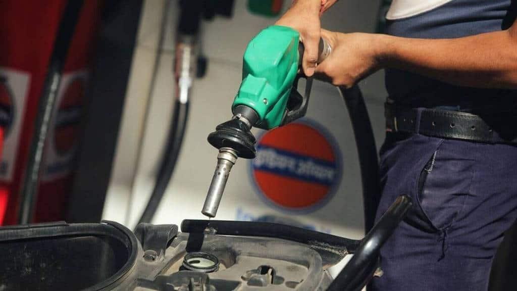 Petrol-Diesel price Hike, Hindusthan Petrolium, Delhi, Kolkata, Mumbai