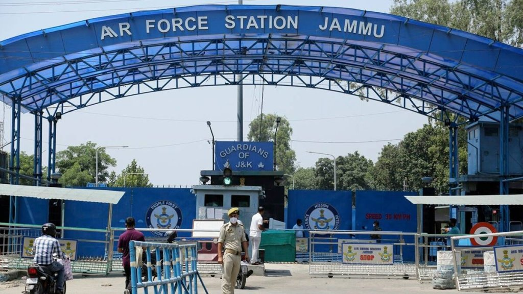 Drones again spotted over Kaluchak-Ratnuchak military ilitary areas outside Jammu city