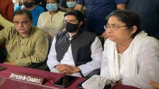 abhishek banerjee argument with police in khowai PS