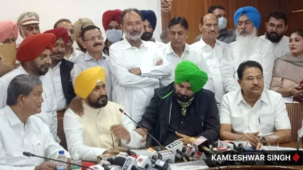 Congress inducts 7 MLAs, drops 5 from Amarinder's cabinet