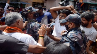 eight person get bail those are arrested in bhabanipur campaign chaos