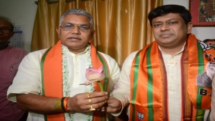 Dilip ghosh Sukant majumder in district tour what equation is working inside bangal BJP