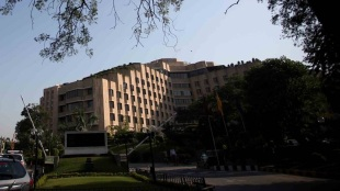 Woman awarded Rs 2 crore compensation for wrong haircut, treatment by salon at Hotel ITC Maurya