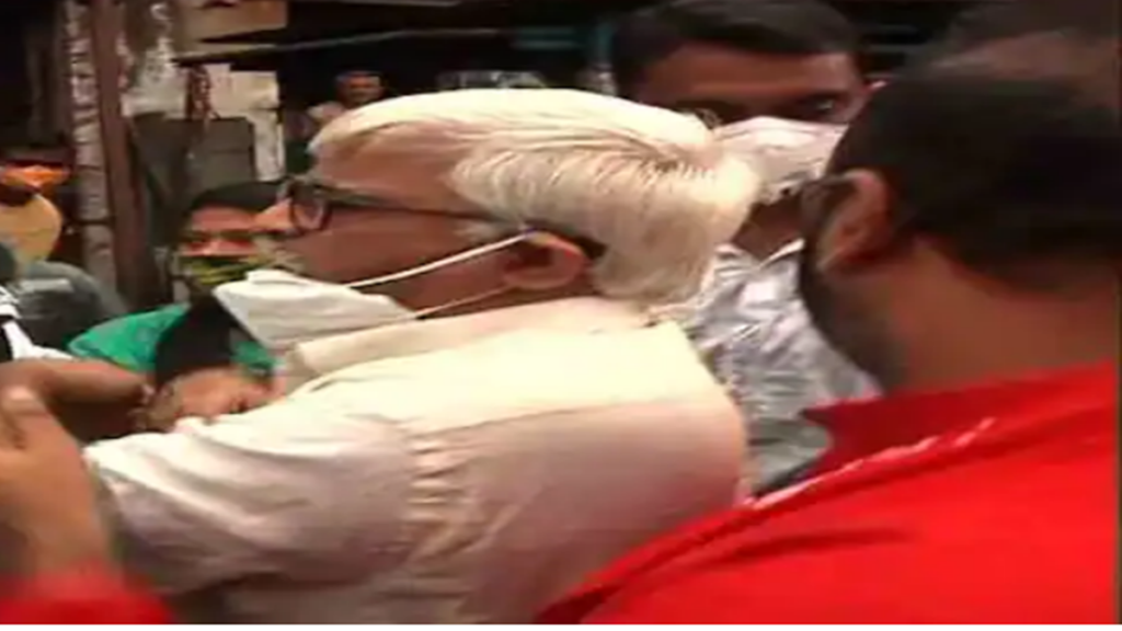 Chaos in left campaign, police stop left leaders at harish chatterjee street