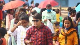 Durga Puja 2021, পুজোয় মাস্কহীন মুখের ভীড়