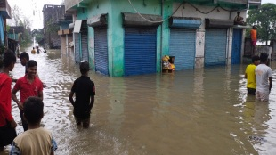 A part of Arambag,Khanakul, Pursura is flooded due to river dam broken