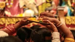 people to bring flower for anjali kolkata police order to durga puja organisers