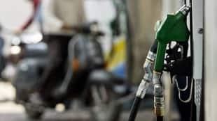 Diesel price cross rupees hundred per litre at kolkata, price hike of petrol continue
