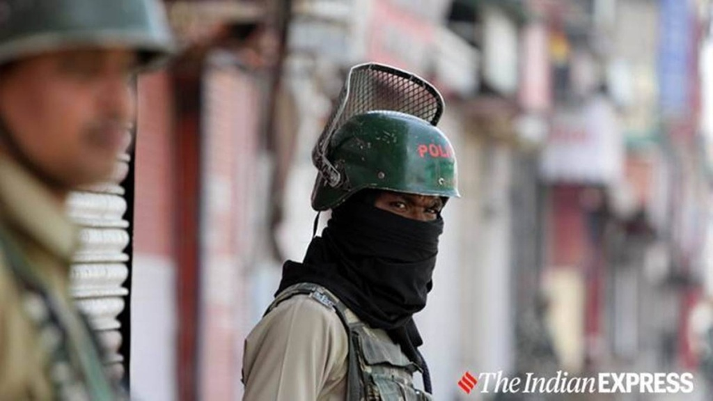 Two teacher shot dead by militants in Srinagar